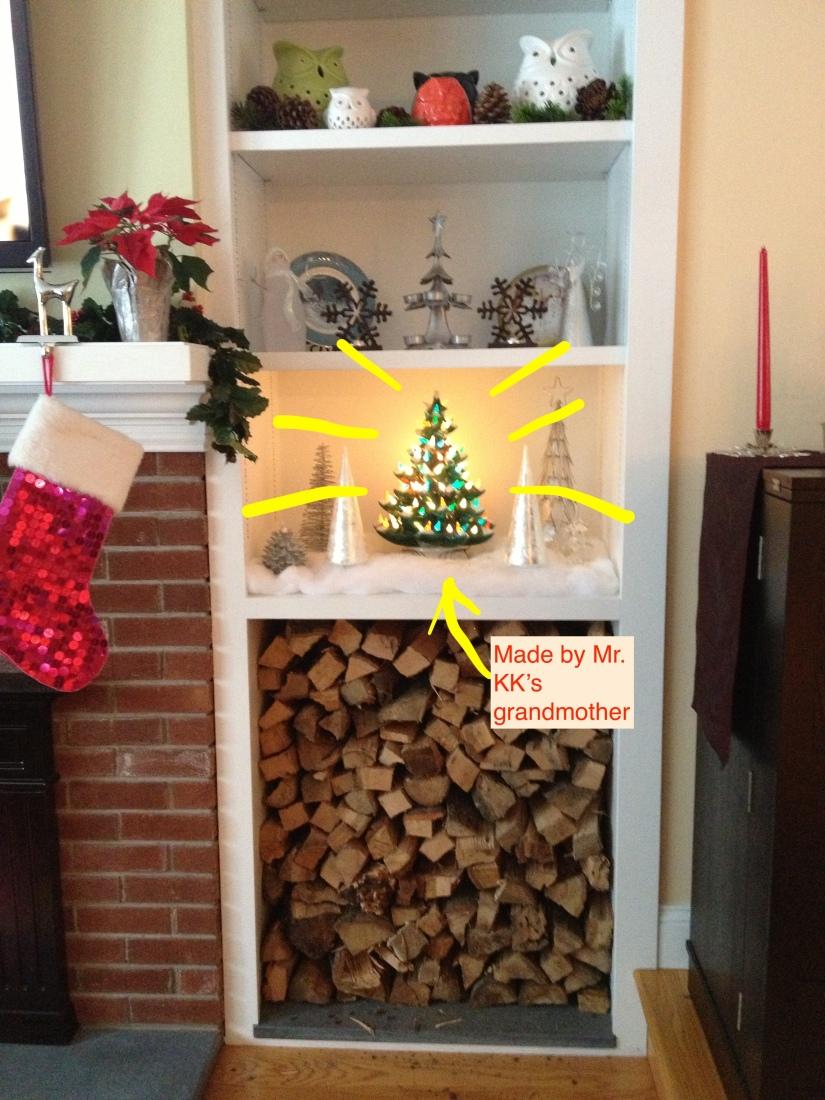 Ceramic light-up Christmas tree